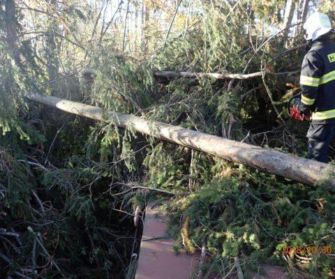 Silný vítr zasáhl i Čáslavsko